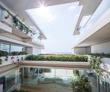 BLANKPAGE Architects und Karim Nader Studio: Villa Kali im Libanon