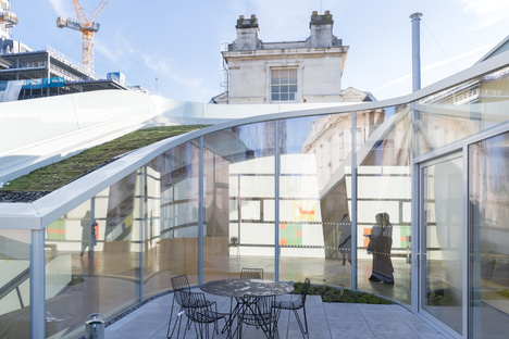 Steven Holl + jmarchitects: Maggie's Centre Barts London