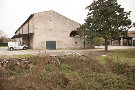 Studio Wok: Sanierung eines Landhauses in Chievo
