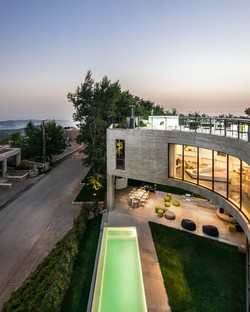 LEFT Architects: Out-to-Out House in Faqra, Libanon