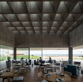 Vector Architects: Restaurant y Sea im Distrikt Beidaihe, China