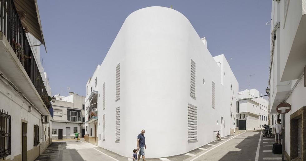 KAUH ARQUITECTURA y PAISAJISMO: Haus in Conil de la Frontera