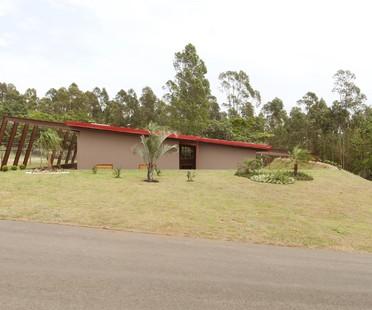 AUÁ arquitetos: Casa Laguna in Botucatu, Brasilien