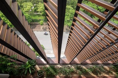 """H&P Architects: Tube-House und """"tropische Höhle"""" in Vietnam"""