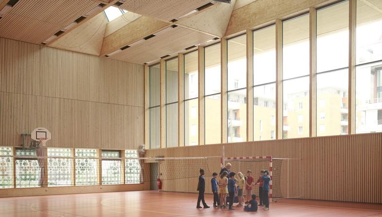 Dietrich Untertrifaller + Tekhnê: Sporthalle Alice Milliat in Lyon