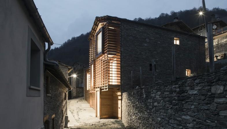 Mizoun de la Villo in Ostana und die Sanierung eines Dorfes
