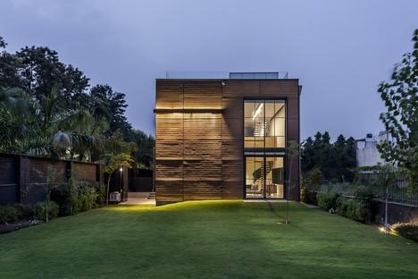 Palm Avenue von Architecture Discipline: Die Natur in Neu-Delhi finden