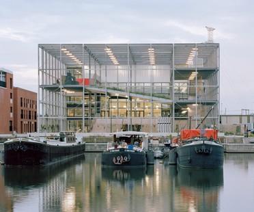 Xaveer De Geyter Architects: 195 Melopee School in Gent