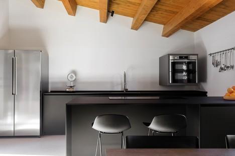 Salvatore Oddo: Casa Fevi in der Landschaft von Trapani