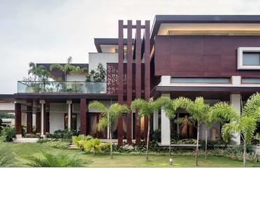 Monsoon House von Taliesyn