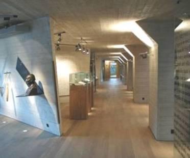 Sverre Fehn Zentrum Ivar Aasen, Orstad, Norwegen, 2000