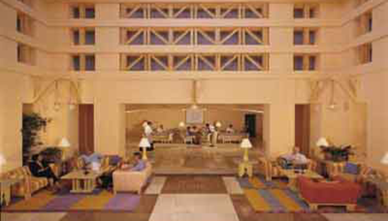 Michael Graves: Sheraton Miramar Resort, 1995