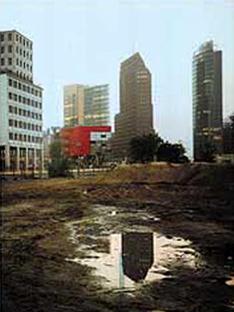 Hans Kollhoff: Büroturm,<br> Potsdamer Platz, Berlin, 1997-2000