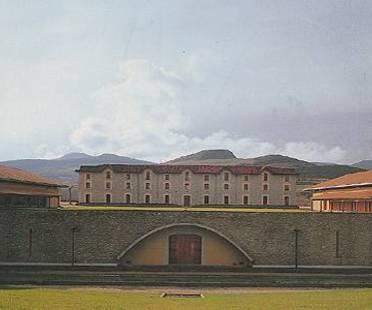 BODEGA OTAZU, Jaime Gaztelu und Juan José Arenas, Pamplona, Spanien, 1997