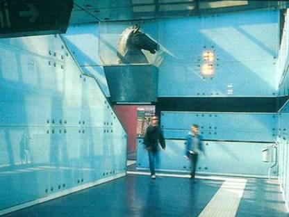 Die U-Bahn von Neapel, Gae Aulenti, Alessandro Mendini
