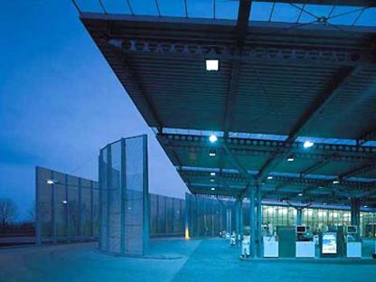 Samyn and Partners,<br> Tankstelle von Houten, Niederlande