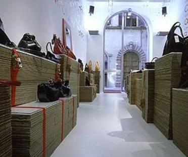 Antonio Barbieri<br> Chiarini, Die temporäre Boutique
