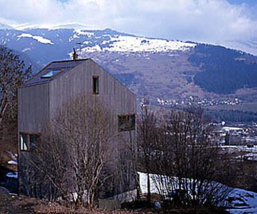 Valentin Bearth, Andrea Deplazes<br> Einfamilienhaus Willimann in Sevgein, Schweiz, 1997-98
