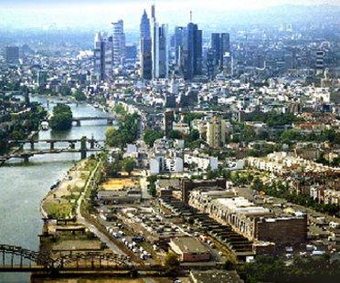 Coop Himmelb(l)au, Neuer Sitz der EZB in Frankfurt.