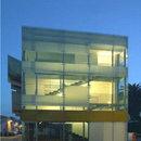 Mehrzweckgebäude, ehemals Kino<br> Arena Braga. Giulianova (Te)<br> Giovanni Vaccarini. 2004