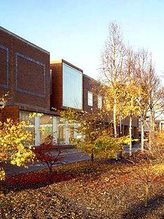 Grafton Architects<br> Büro- und Geschäftsräume für die Universitätsstadt von Dublin, 2003