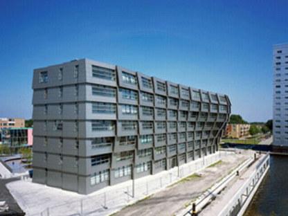Wohnanlage The Wave, René Van Zuuk. <br />Almere (Niederlande). 2005