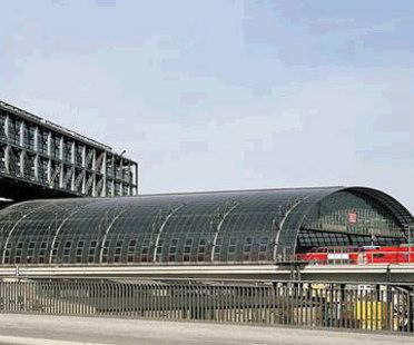Berlin Hauptbahnhof. Meinhard von Gerkan. 2006