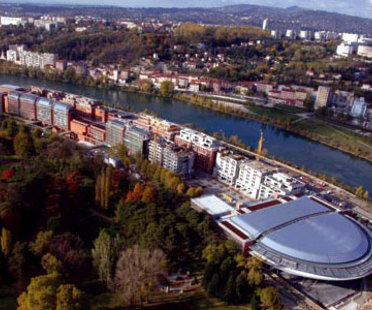 Renzo Piano. Lyon. Kongresszentrum der Cité internationale. 2006