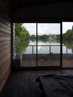 The Floating House - Ronan und Erwan Bouroullec. Chatou, 2006