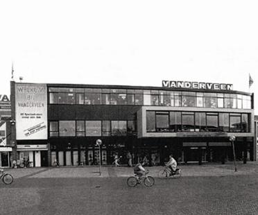 Erweiterung des Einkaufszentrums von Assen, Niederlande. Herman Hertzberger