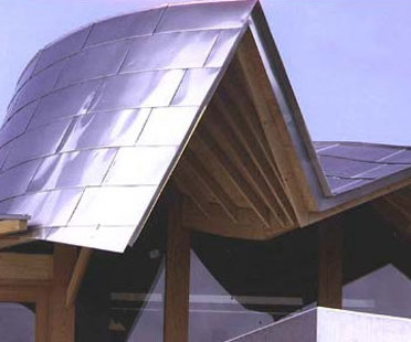 Maggie Cancer Care Centre. Frank O. Gehry<br /> Dundee (Schottland). 2003