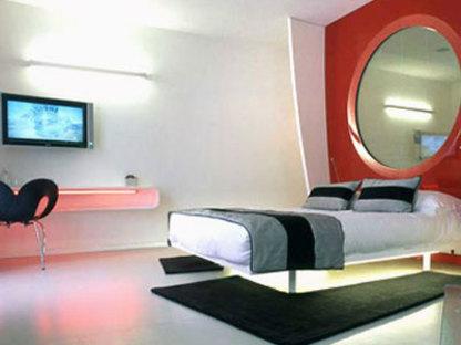 DuoMo Hotel. RIMINI. Ron Arad. 2006
