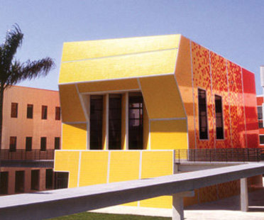 Paul L. Cejas School of Architecture. Bernard Tschumi. Miami. 2003