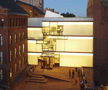Higgins Hall, Pratt Institute - Steven Holl. New York, 2005
