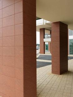 Le colonne rivestiti in Rupas di Porcelaingres