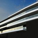 Tisselli: Horizontales Gebäude in Cesena
