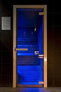 Club Azzurro: Steinhöhle zum Wohlfühlen