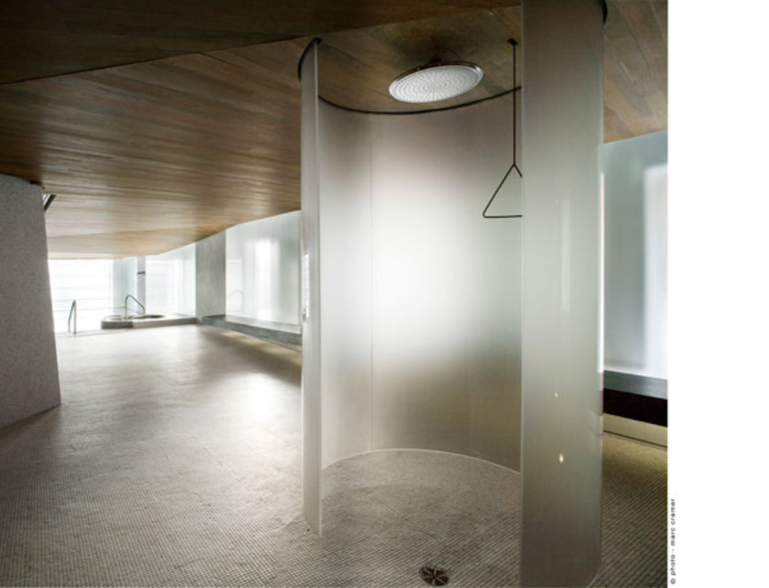sauna fuboden i dachboden ausbauen fuboden wohndesign bg wandabstand dachboden ausbauen fuboden. Black Bedroom Furniture Sets. Home Design Ideas
