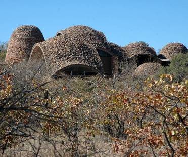 Peter Rich: Mapungubwe Interpretation Centre