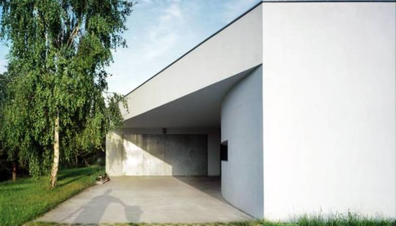 KWK Promes: outrial house in Warschau
