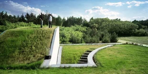 Der Dachgarten mit freiem Blick auf die Landschaft