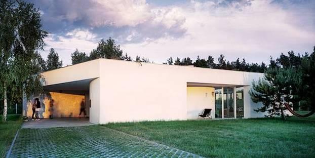 Die Öffnungen differenzieren die Hausfronten