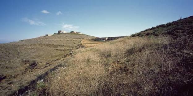 Vista del pendio da sud-ovest, Ph. Erieta Attali