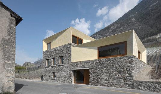 Umgestaltung eines ehemaligen Heuschobers in der Schweiz