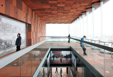 Neutelings Riedijk: Museum Aan De Stroom