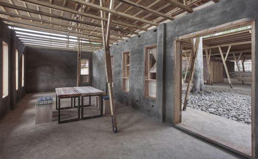 Tyin Architects: Cassia Coop Training Centre auf Sumatra