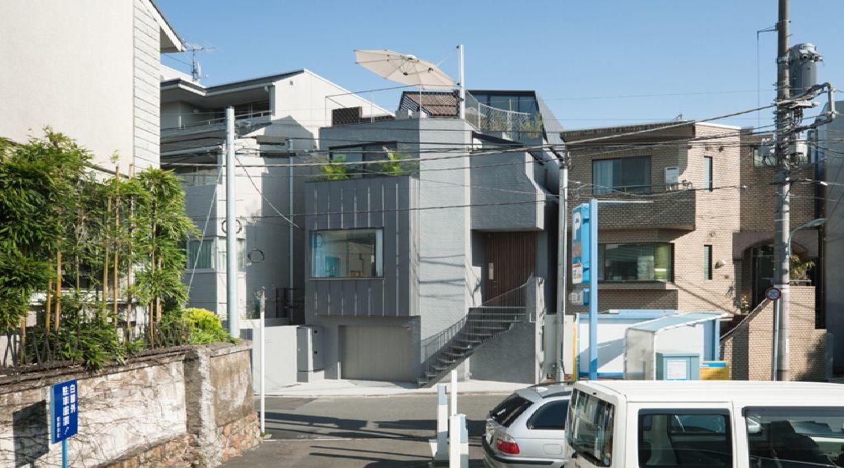 keiji ashizawa ein haus mitten in tokio und im gruenen floornature. Black Bedroom Furniture Sets. Home Design Ideas