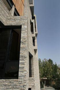 Mehdizadeh: Architektur mit Recycling-Fassade in Mahallat