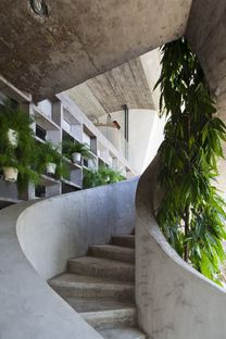 Vo Trong Nghia Architects: Betonhaus in Binh Thanh (Ho Chi Minh)