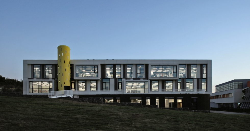 A school in Yerevan, Armenia by Storaket Architectural Studio